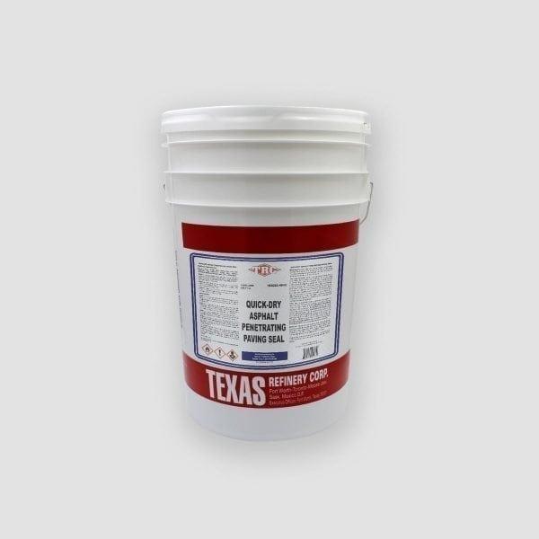 trc-quick-dry-asphalt-penetrating-seal-pail-01-french